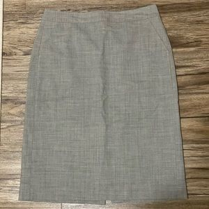 Pencil Skirt w/ pockets Banana Republic